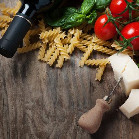 Oι συνταγές ζυμαρικών απογειώνονται με σαμιώτικο κρασί